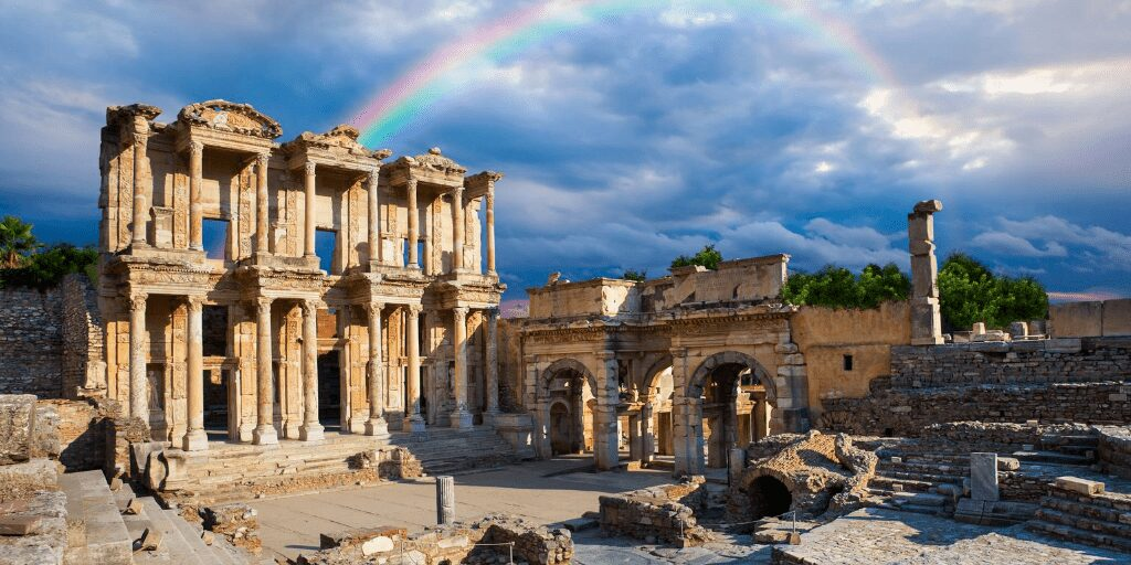 The ruins at Ephesus |Best Turkey Holiday Destinations