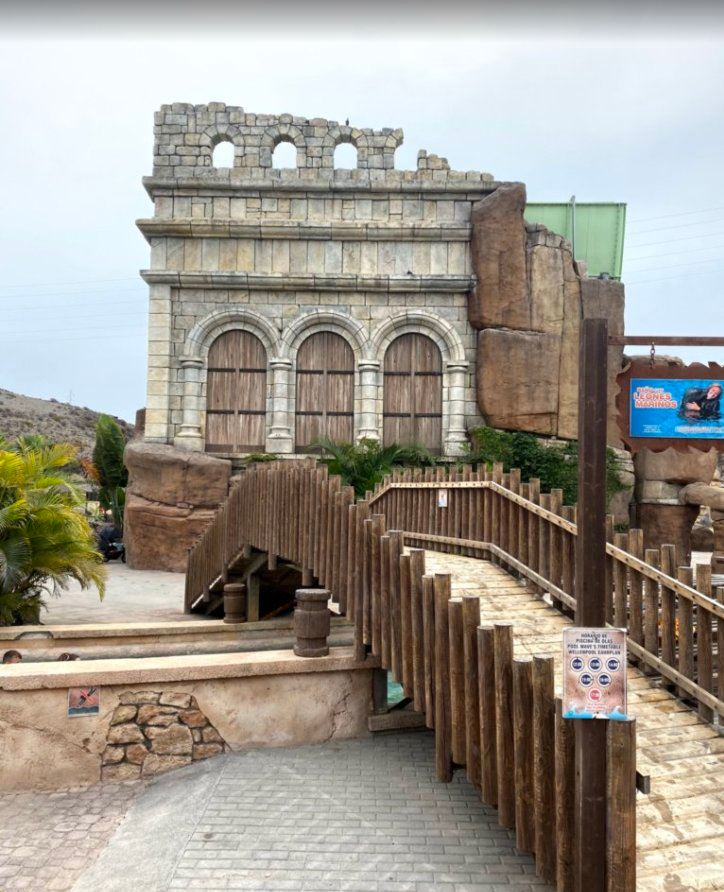 Luxury Family Holidays to Gran Canaria| Aqualand bridge with building