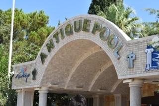 Cleopatra Antique Pool at Pamukkale Turkey